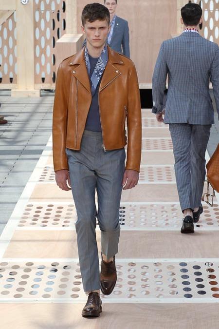 Louis Vuitton apresenta sua coleção de verão 2014 com David Beckham na primeira fila