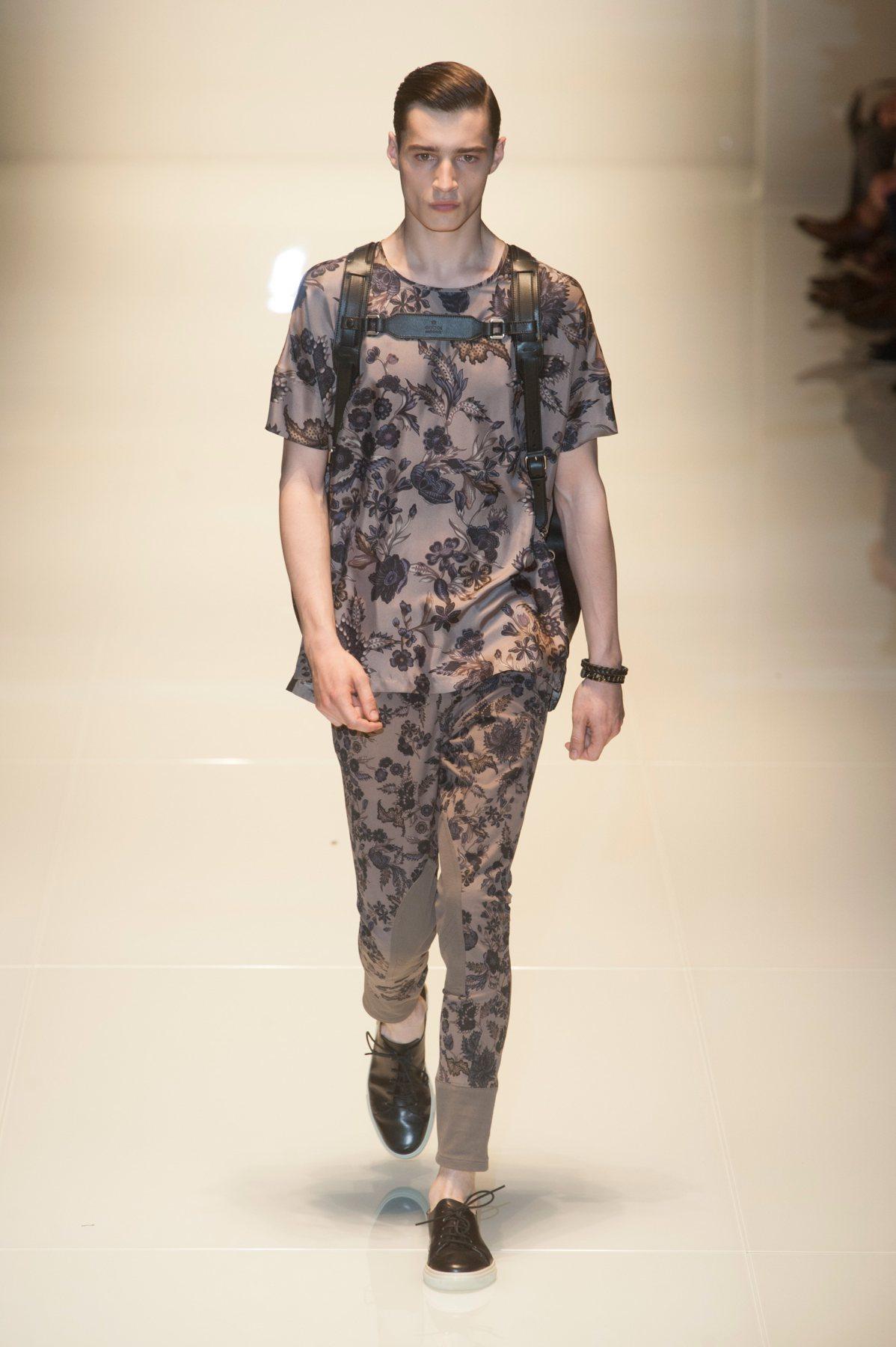 Florais e sportswear são as apostas da Gucci para o verão 2014
