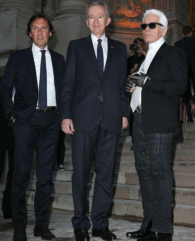 Noite da Fendi reúne famosos e fashionistas, em Paris