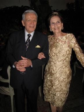 """Maria Helena e Sergio Chermont de Britto comemoram """"Bodas de Ouro"""" com jantar chique no Leblon"""
