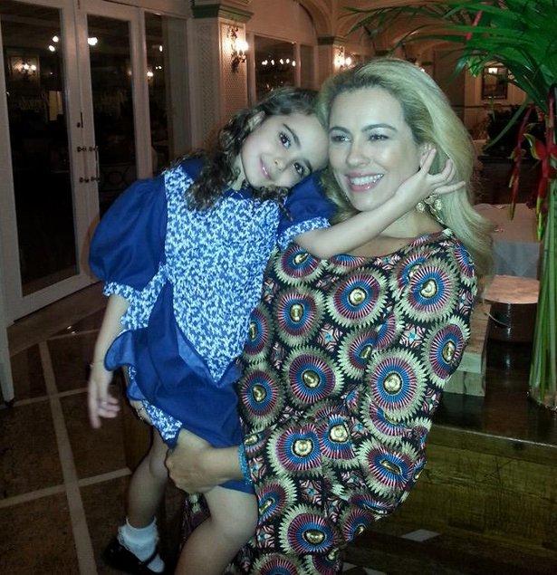 Ariadne Coelho e a filha Maria Saucha