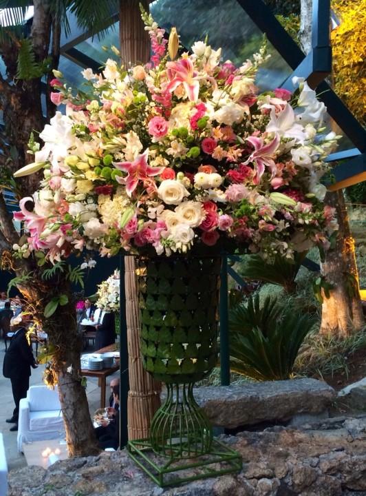As flores da decoração de Antonio Neves da Rocha