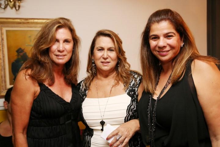 Berenice Sofieti, Theresa Macedo e Auriete Middleton