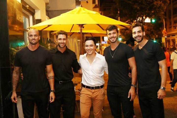 Junior Moraes, Jonathan Dobal, Vinicius Belo, Victor Hugo e Mario Estrela