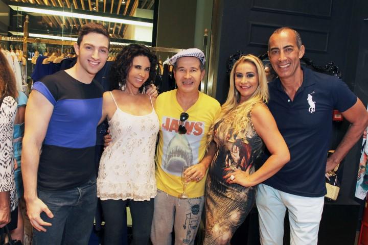 IMG_1646--Yann Hatchuel, Victor Dzenk entre Claudia Alencar, Ana Cristina Marquito e Hassan Kadiri (Custom)
