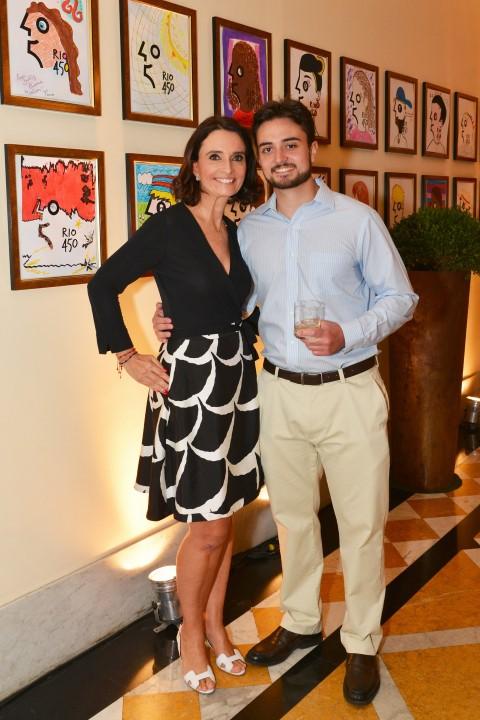 Andrea Natal e o filho Louis Andre Natal Delarue
