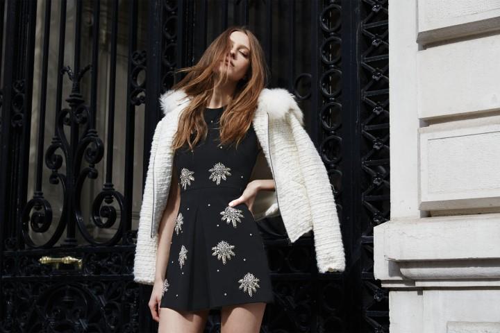 NK Collection Inverno 2015 - Paris - low key style-chics-modelos Zhanna Emelyanova, Alizee Coucke-fresh-Lara Giliberto-highlights-shapes-transparências-plumas