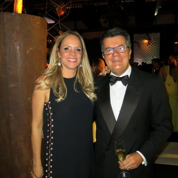 Luciana Hall e Ronaldo Cesar Coelho