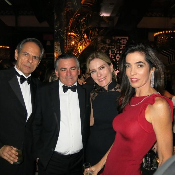 Cesar Arruda, Maurico Manfredi, Betina Haegler e Rosana Nachbar