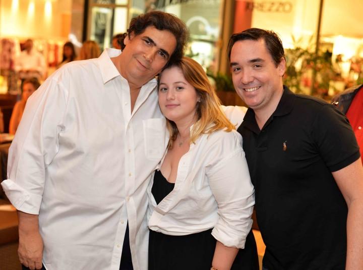 Antonio Neves da Rocha Patricia Geyer e Guilherme Knabb