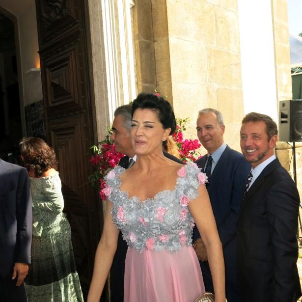A mãe da noiva Cristina Brasil