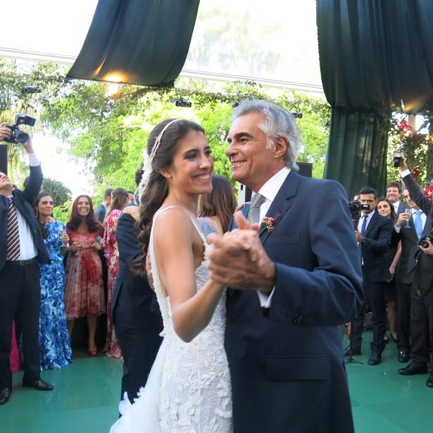 A noiva Maria Helena e o pai José Pessoa de Queiroz
