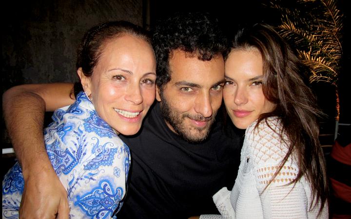 Andrea Dellal , Cande Salles e Alessandra Ambrosio