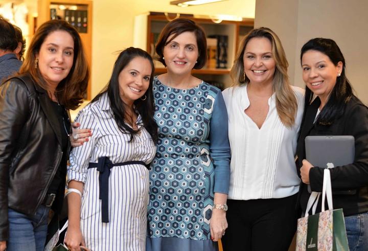 Ana Malta, Leila Dionizios, Simone Orlean, Meri Soares e Jacira Pinheiro