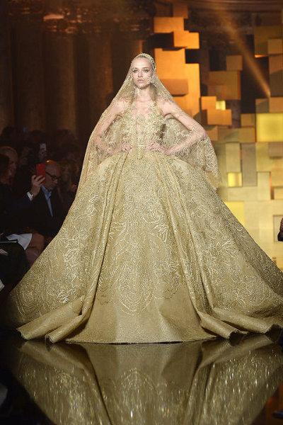 Elie Saab é o supremo luxo na Semana de Alta Costura em Paris