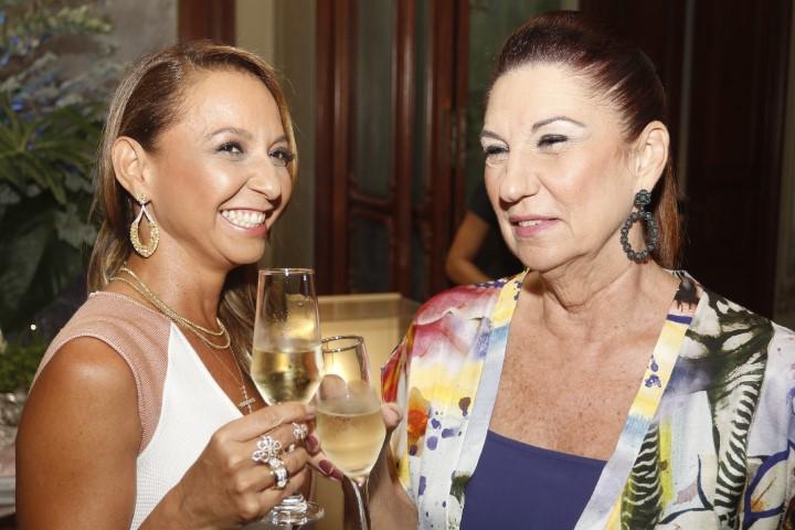 Adriana Mota e Mirela Machado