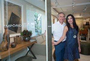 Zeco e Valéria Beraldin armam brunch e apresentam seus espaços decorados por tops arquitetos no Empório Beraldin