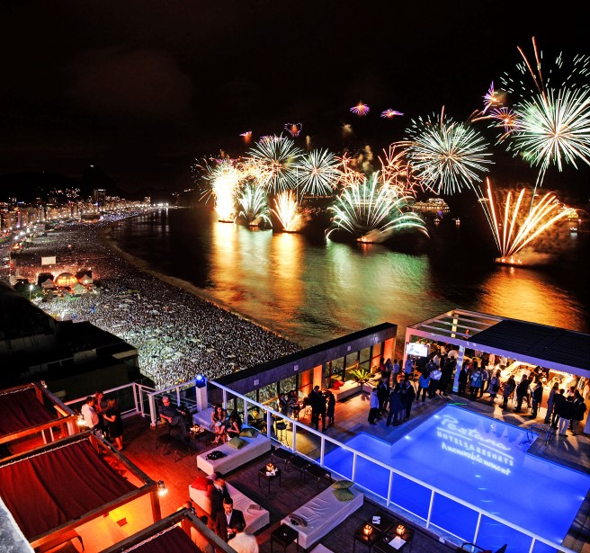Os fogos do reveillon de Copacabana do Pestana Rio Atlântica