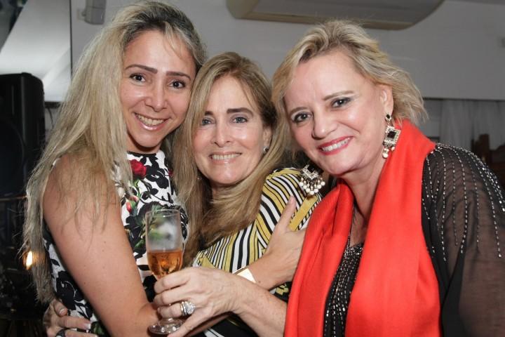 346Q4711-Claudia Cataldi, Leila Albuquerque e Vera Valeska (Custom)