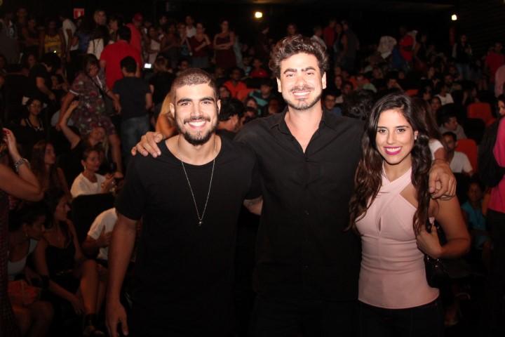 Caio Castro Joao Gabriel e Camilla Camargo1 (Custom)