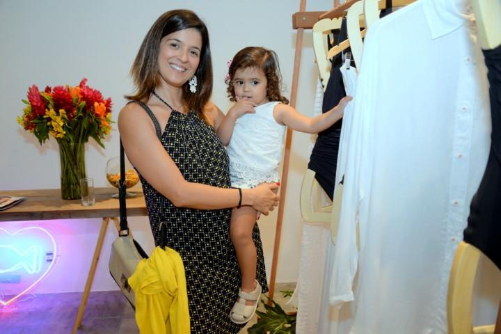 Carolina Antunes com Nina (Custom)