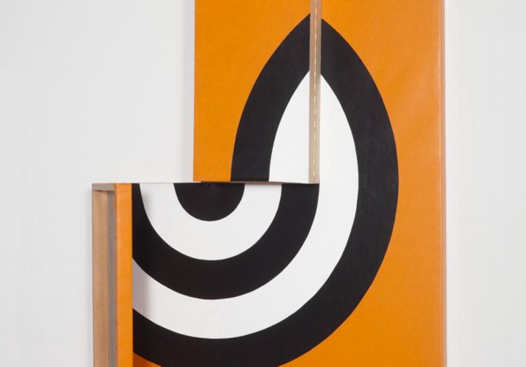A obra de Ana Linnemann na Luciana Caravello Arte Contempôranea