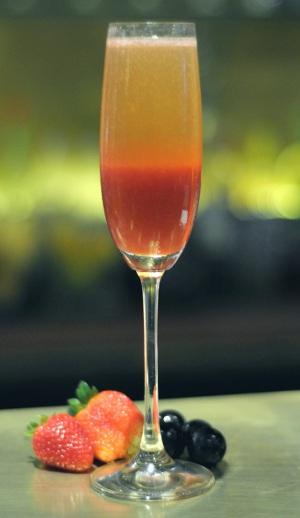 Os drinks do verão no Simon Boccanegra é a pedida para uma noite divertida e alegre