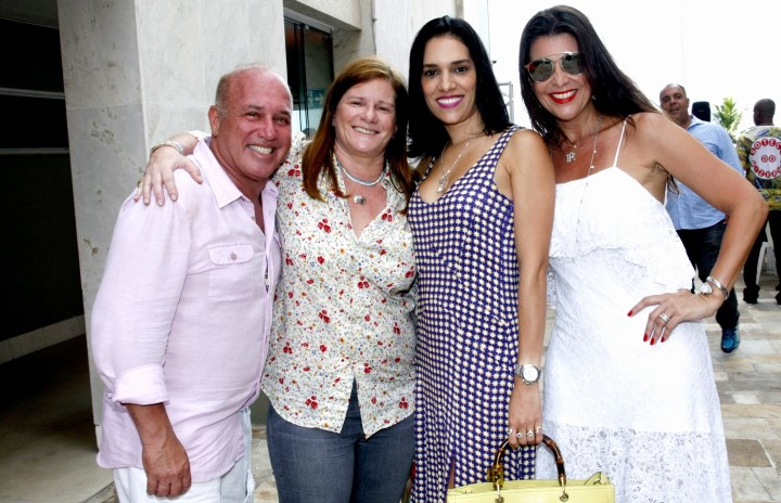 _46Q5027-Sergio Mizrahy, Maria Geyer, Thais Araujo e Ana Paula Padua (Custom)