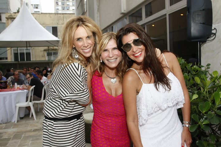_46Q5173-Rosane Messer entre  Andrea Nachbar e Ana Paula Padua (Custom)
