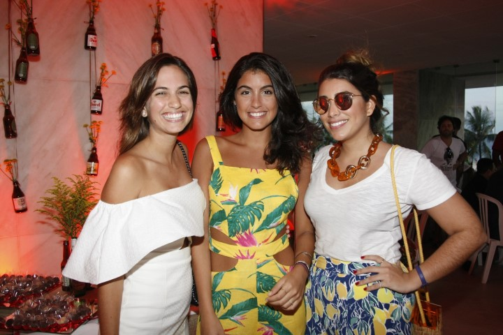 _46Q5196-Alice Sobral, Yasmin Peluso e Maria Roberta Maciel (Custom)