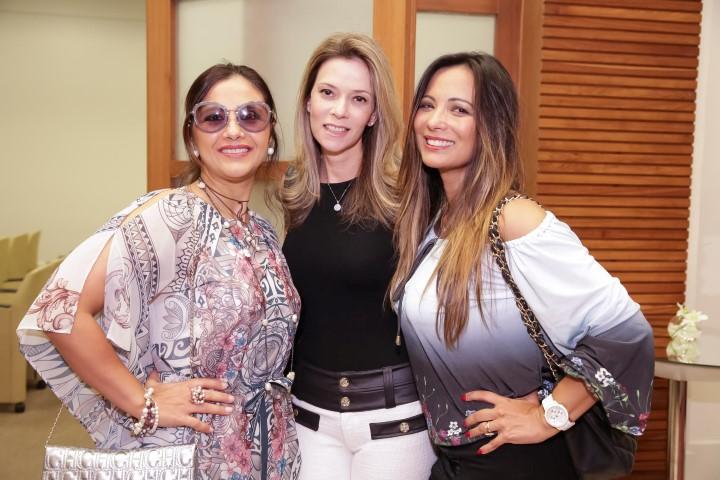Ana Teresa Patrao, Karina Nigri e Marcia Romão_MSA_1380_foto Miguel Sa (Custom)