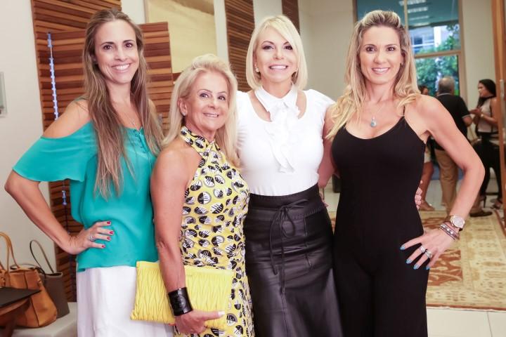 Claudia Dutra, Zizi Baptista, Nina Kauffmann e Adriana Alves_MSA_1330_foto Miguel Sa (Custom)