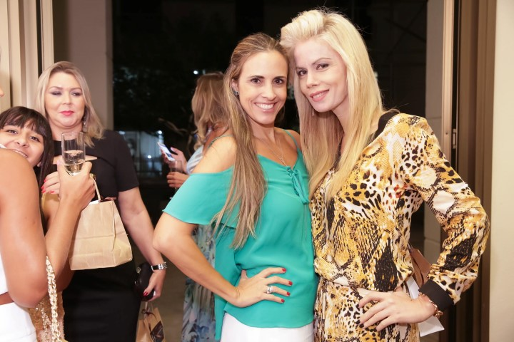 Claudia Dutra e Giovanna Priolli_MSA_1602_foto Miguel Sa (Custom)