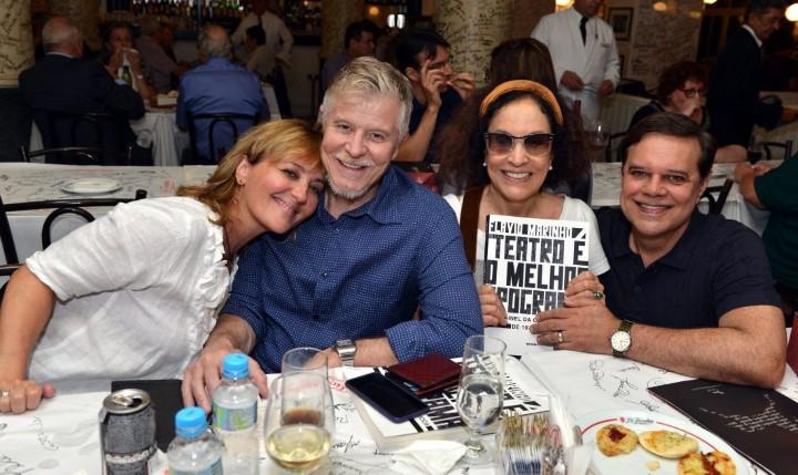DSC_4639   Claudia Netto, Miguel Falabella, Stella Miranda e Diogo Vilella  - Livro FLAVIO MARINHO - Abril 2016 - Foto CRISTINA GRANATO (Custom)