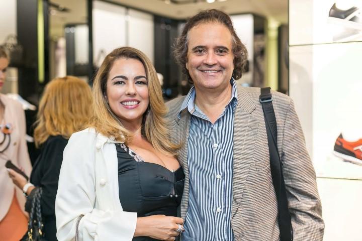 Ariadne Coelho e Jose Ronaldo Muller