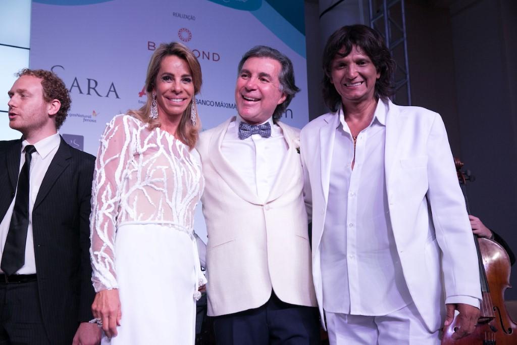 Monica Ibeas e Gustavo Moreira de Souza e o cover RAUL  NAZARIO