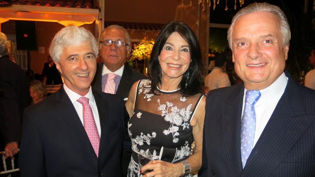 Daniel Sauer, Luiz Quatronni, Tereza Aczel, Carlos Eduardo Sobral