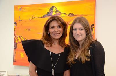 Jacqueline e suafilha Vanessa Plass