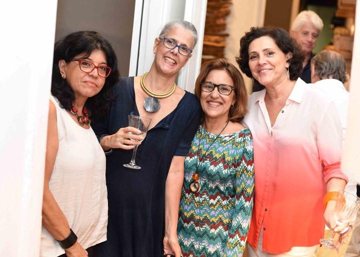Silvia Buccioni Claudia Duarte e Monica Carvalho e Theresa Duarte
