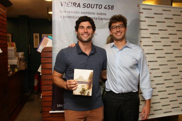 O ator Dudu Azevedo e Lui TPS