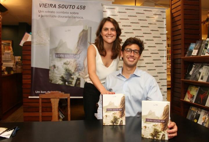 A editora Renata Maria Nascimento e Lui TPS