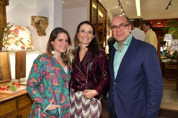 O Antiquário Arnaldo Danemberg recebe o trio estrelado do Belmond Copacabana Palace em São Paulo
