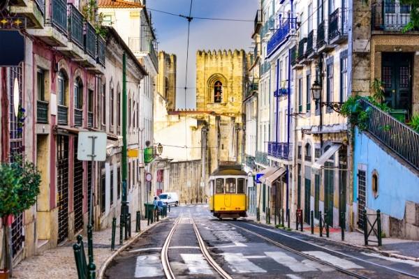 """10 viagens """"miudinhas"""" para se fazer em Portugal, a nova queridinha da Europa"""
