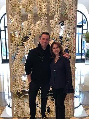 A decoradora de festas Cristina Lips e seu encontro com floral designer Jeff Leatham em Paris
