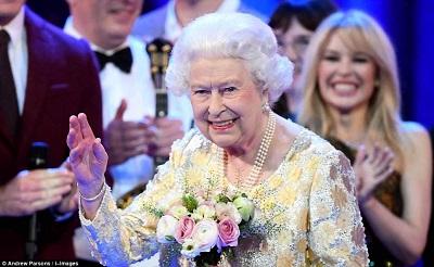 A Rainha Elizabeth II comemora seus 92 anos com um concerto do Royal Albert Hall