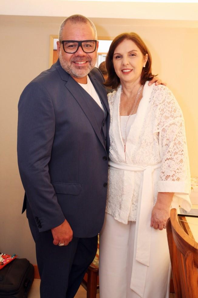 O empresário Marcos Montenegro comemora 50 anos no Teatro Fashion Mall