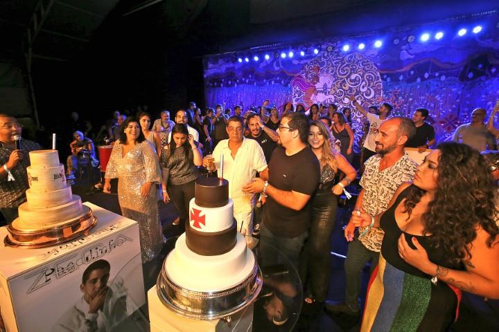 Zeca Pagodinho arma festão de 60 anos na Cidade do Samba para centenas de amigos