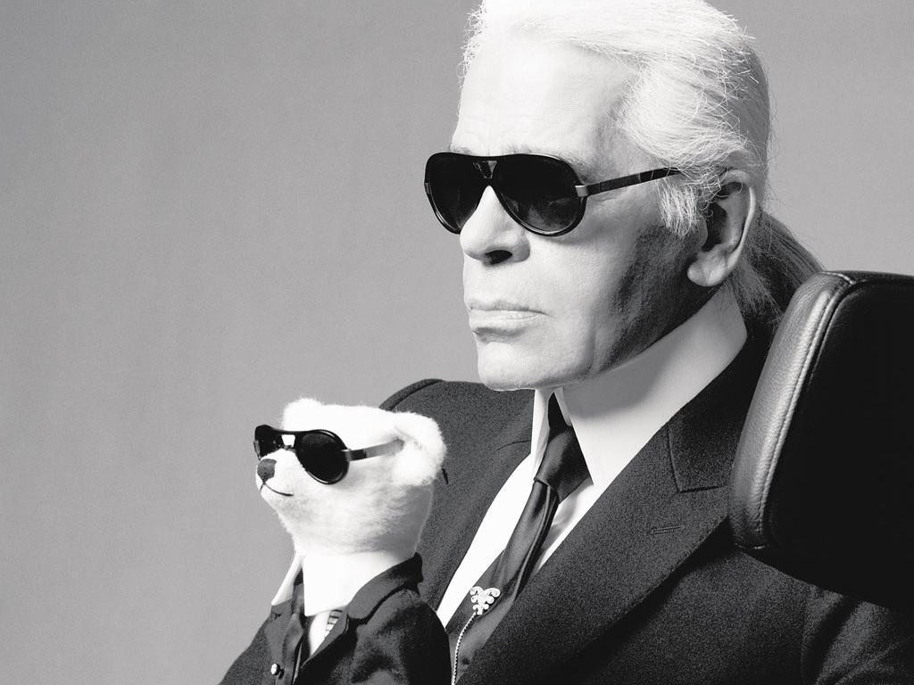 Karl Lagerfeld o icônico estilista falece aos 85 anos em Paris
