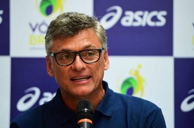 Renan Dal Zotto é o novo técnico do Taubaté e continua como técnico da seleção Brasileira Masculina de Volei