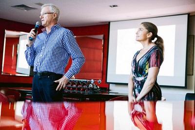 Degustação de vinhos chilenos reúne vips no Mr. Lam